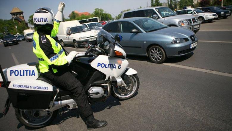 Maşinile cu volanul pe drepta vor putea circula fără restricţii, cel puţin în acest an