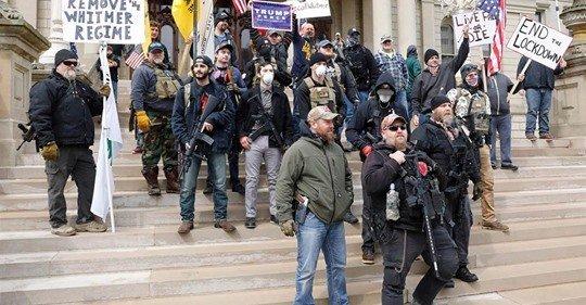 Protest cu arme şi drumuri blocate în centrul unui oraş din SUA – #OperationGridlock