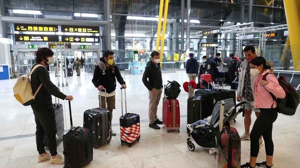 Spania: carantină obligatorie de 14 zile pentru călătorii care vin din străinătate