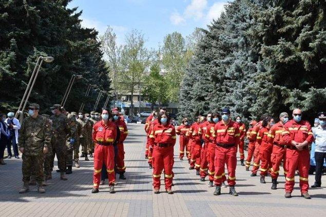 Ambasada României declară că medicii români de la Bălți au RETURNAT cei câte 1000 de dolari, donați de Usatîi