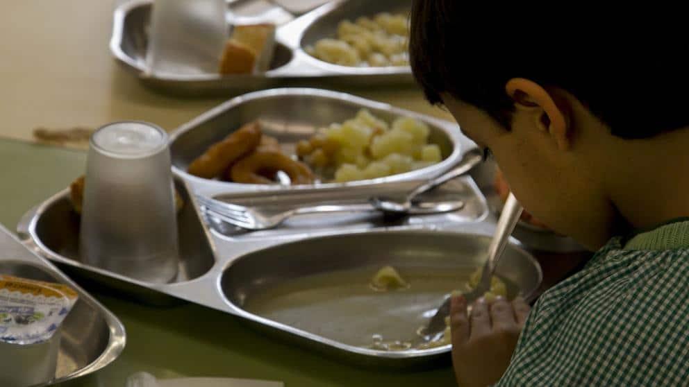Guvernul spaniol a aprobat un venit minim garantat de 462 de euro pentru persoanele nevoiașe