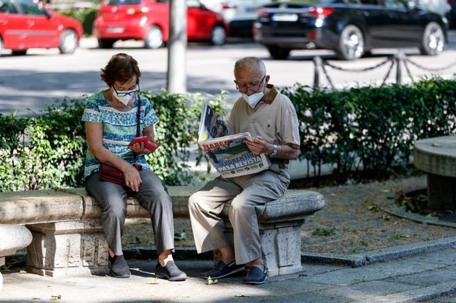 Spania plătește cu circa 30.000 mai puține pensii față de anul trecut