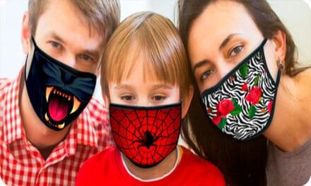 Confecționarea măștilor a devenit o industrie în Spania. Cele mai multe comenzi vin din partea companiilor