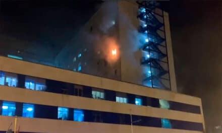 Moare autorul incendiului de la spitalul Puerta del Mar din Cádiz după ce a suferit insuficiență cardiacă