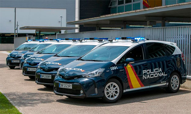 31 de români arestați în Spania pentru falsificarea certificatelor PCR