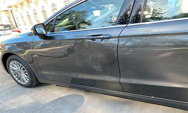 Mașina premierului spaniol, Pedro Sanchez, atacată la heliportul din Ceuta