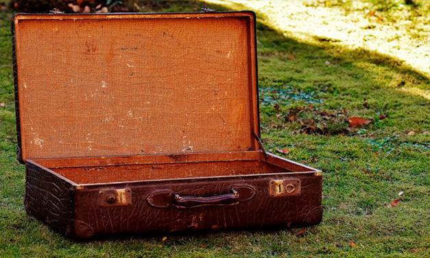 O româncă a încercat să treacă frontiera cu o valiză în care se afla un adolescent!